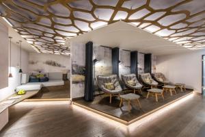 Een zitgedeelte bij Moselromantik Hotel Kessler Meyer