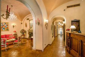 The lobby or reception area at Boutique Hotel Campo de' Fiori