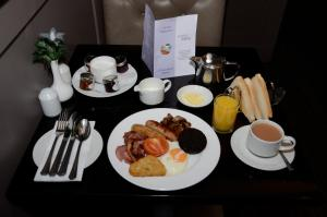 Breakfast options available to guests at The Craighaar Hotel
