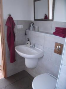 Uma casa de banho em Apartamento Alegre
