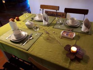 Um restaurante ou outro lugar para comer em Quinta dos Trevos - Artes e Ofícios
