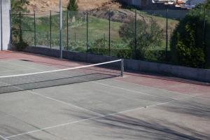 Tennis and/or squash facilities at Porto Gaia City and Beach by MP or nearby