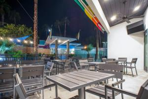 A restaurant or other place to eat at CCBC Resort Hotel - A Gay Men's Resort