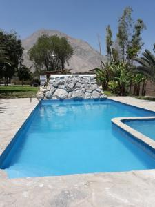 The swimming pool at or close to Rio Lindo Ecolodge