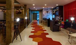 The lobby or reception area at ibis Styles Ribeirao Preto Braz Olaia