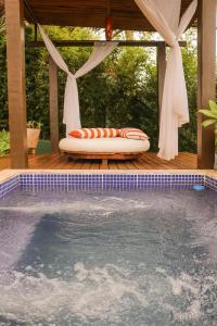 The swimming pool at or near Villa Villagio di Mare