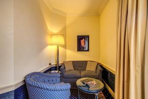 Uma área de estar em Hotel Auriga
