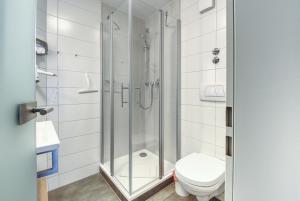 A bathroom at Hotel Ruchti - Zeit für mich