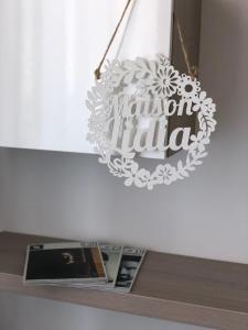 A kitchen or kitchenette at Maison Lidia