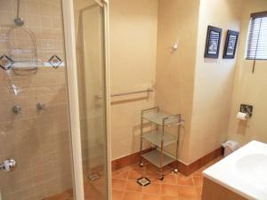 A bathroom at Beach House in Mylestom