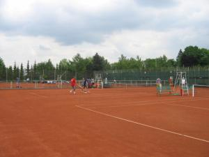Tenis a/nebo squash v ubytování Ubytovna TJ Ostrava nebo okolí