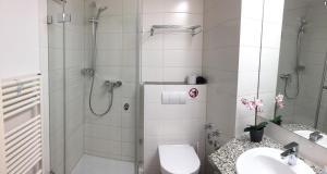 Ein Badezimmer in der Unterkunft Fewo Mittelmole