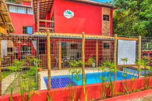 The swimming pool at or close to i9 Embaú Flats & Suites