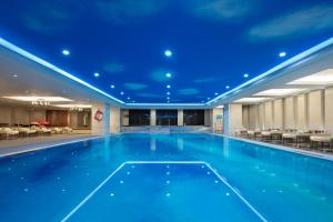 The swimming pool at or near Sheraton Xi'an North City Hotel