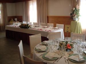 Een restaurant of ander eetgelegenheid bij Camping Vilanova Park