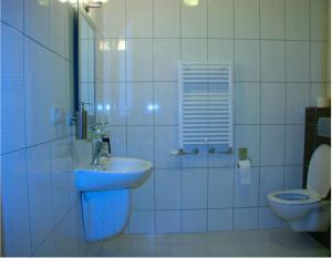 A bathroom at Hotel Prestige