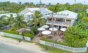 A bird's-eye view of Seaview Lodge and Restaurant