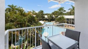 A balcony or terrace at Oaks Port Douglas Resort