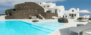 The swimming pool at or near Aenaon Villas