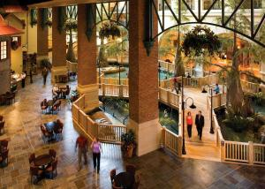 A restaurant or other place to eat at Paragon Casino Resort
