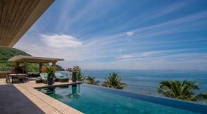 Piscine de l'établissement Mia Resort Nha Trang ou située à proximité