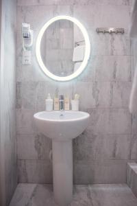 Ванная комната в Apartments on Nevsky 23