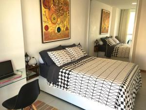A bed or beds in a room at Lar Expresso 2222