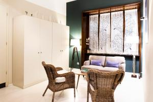 A seating area at BC MAISON bed&cafe Milano