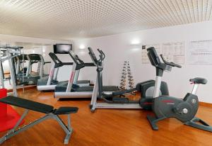 The fitness centre and/or fitness facilities at Hotel Fürstenhof Leipzig