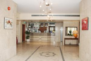 The lobby or reception area at Al Buhaira Hotel Apartment