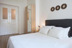 Ein Bett oder Betten in einem Zimmer der Unterkunft Kent Ridge Loft (Lublanska)