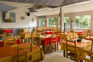 Restaurant ou autre lieu de restauration dans l'établissement Azureva Ile d'Oleron