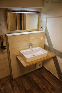 A bathroom at Hostel & Hotel Samocca