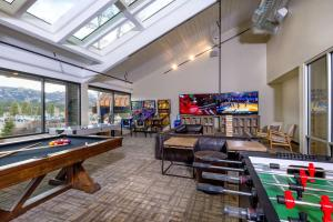 A pool table at The Ridgeline Hotel, Estes Park, Ascend Hotel Collection
