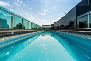 A piscina localizada em Hotel Laghetto Viverone Moinhos ou nos arredores