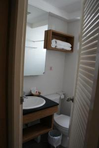 A bathroom at Chinotel - SHA Plus