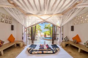A seating area at Sunshine Hotel Zanzibar