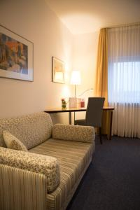 A seating area at Hotel Jott