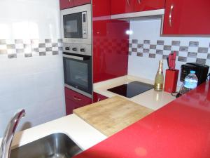 Una cocina o zona de cocina en Apartamento Peñalver 813