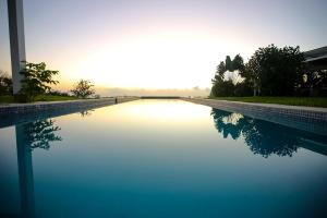 The swimming pool at or near Casitas Sollevante