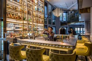 Salon ou bar de l'établissement Sofitel Legend Metropole Hanoi
