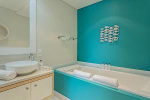 A bathroom at Views Boutique Hotel & Spa