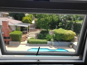 A view of the pool at Maroela House Guest Accommodation or nearby