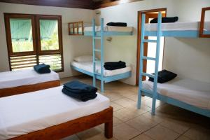 A bunk bed or bunk beds in a room at Beachouse