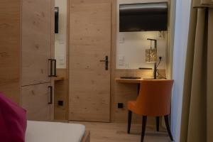 A bathroom at Hotel Garni Glockenstuhl