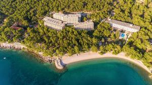 A bird's-eye view of Bluesun Hotel Marina