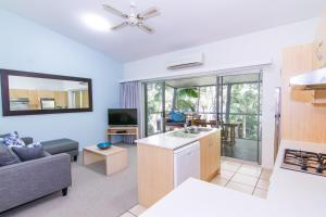 A kitchen or kitchenette at Angourie Resort