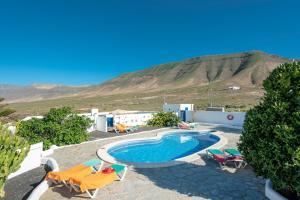 Het zwembad bij of vlak bij Finca Las Laderas