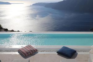 Πισίνα στο ή κοντά στο Rocabella Santorini Hotel & Spa