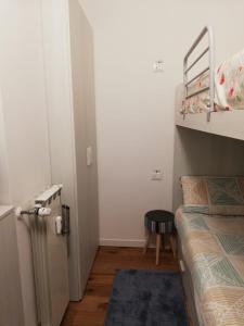A bunk bed or bunk beds in a room at Condominio Baradello